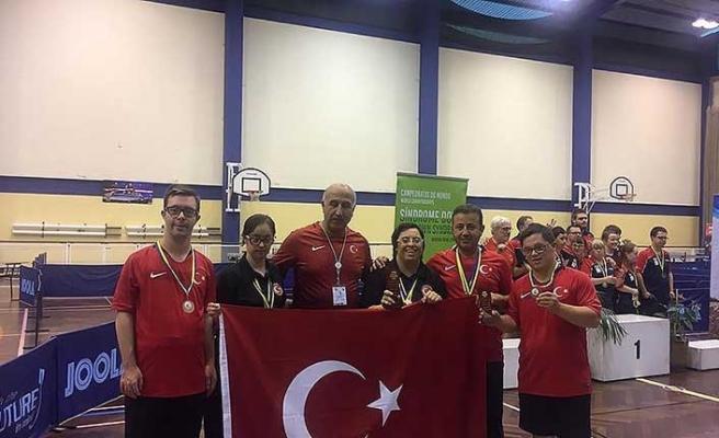 Özel sporcular 11 madalya ile gururlandırdı