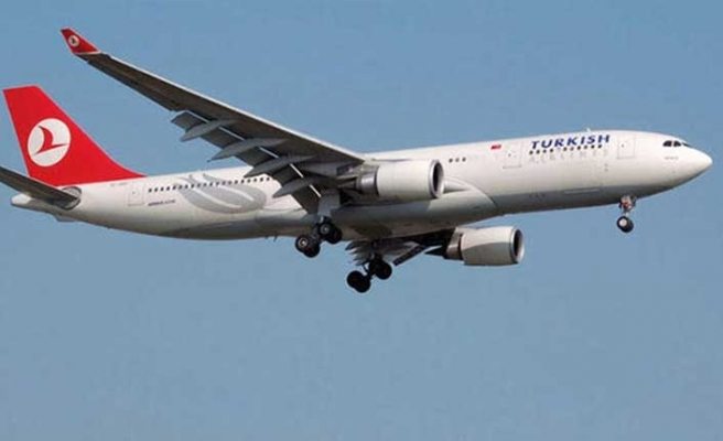 Paris uçağında iniş krizi