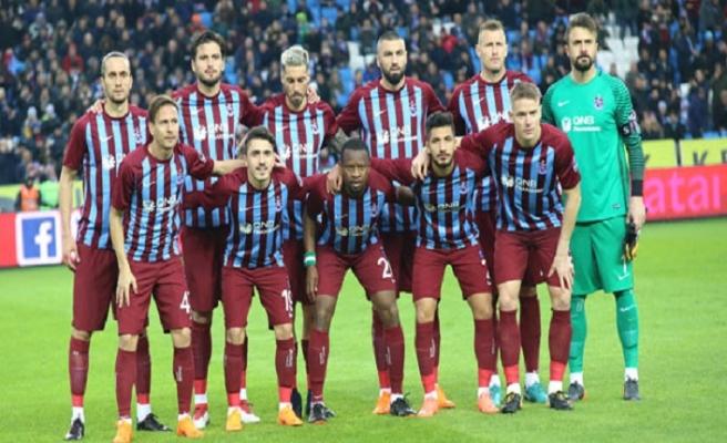 Trabzonspor, Akhisarspor karşısında ilk peşinde