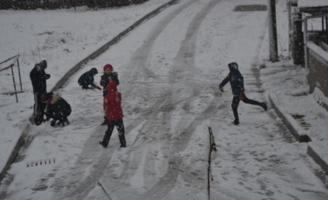 Kırklareli'nde okullar 1 gün tatil