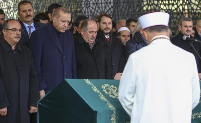Cumhurbaşkanı Erdoğan aile dostu Kadir Turgut'un cenaze törenine katıldı