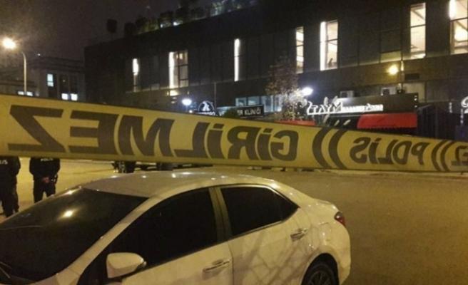 Ataşehir'de gece kulübüne silahlı saldırı:5 yaralı