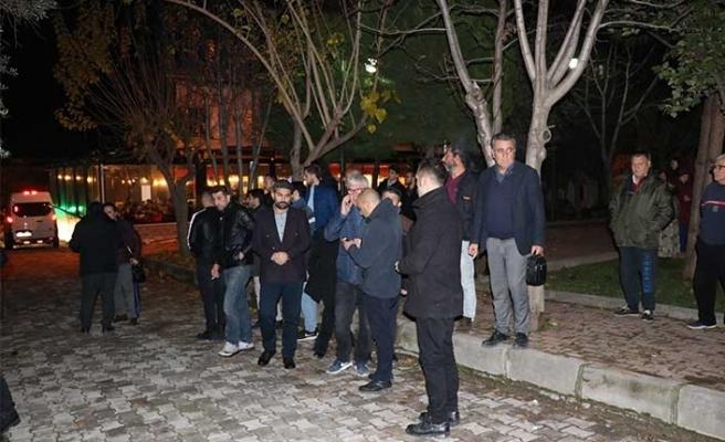 Denizli'de öğretim üyesi Önder Çivril evinde ölü bulundu