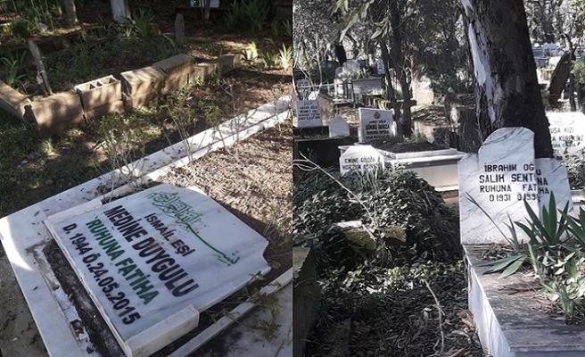 Adana'da mezarları tahrip ettiler
