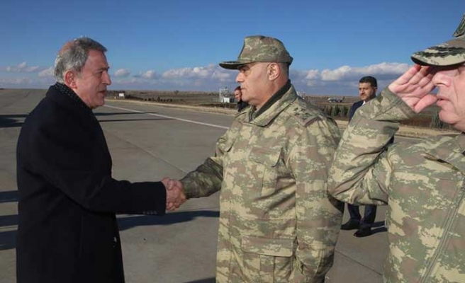 Bakan Akar ve Genelkurmay Başkanı Suriye sınırında
