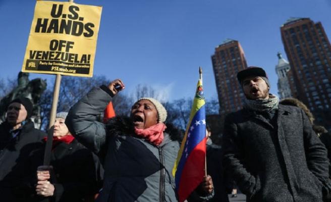 Beyaz Saray'ın önünde toplandılar... 'ABD elini çek'