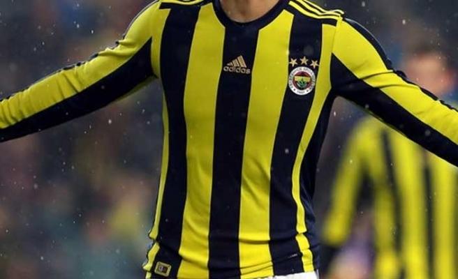 Fenerbahçeli futbolcu Soldado Al Shabab'a transfer oldu.