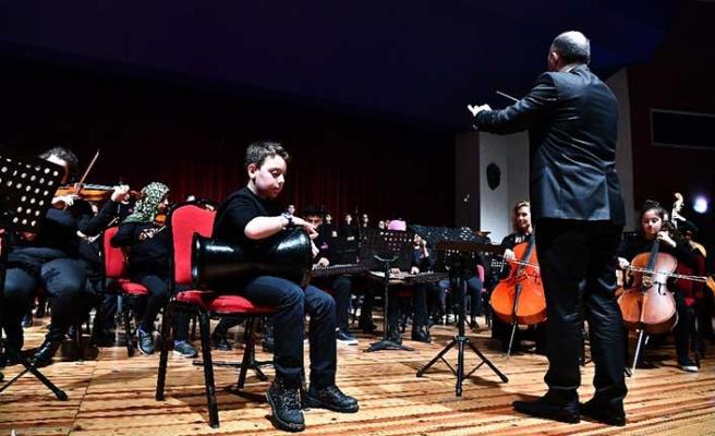 Harika çocuklardan 'mahalle orkestrası'
