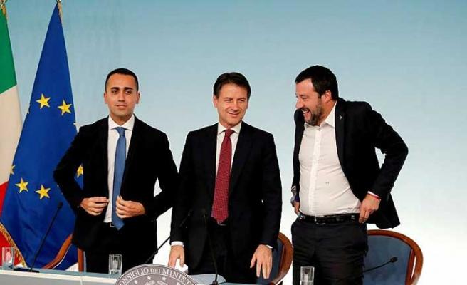 İtalya ve Fransa arasında 'kim daha salak' tartışması büyüyor