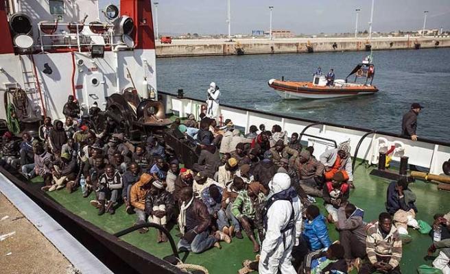 İtalya'da yeni düzensiz göçmen krizi