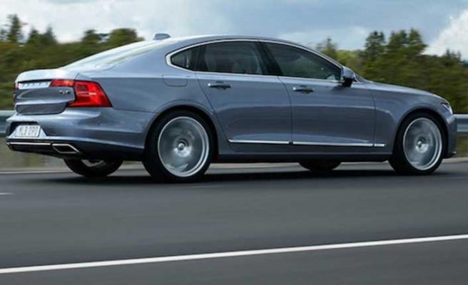 İsveçli otomotiv devi Volvo 200 bin aracını geri çağırdı