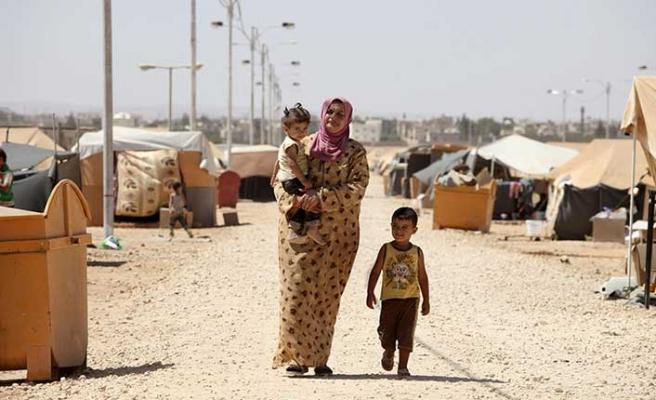 Suriyeli kadın Ürdün kampında kendini yaktı!