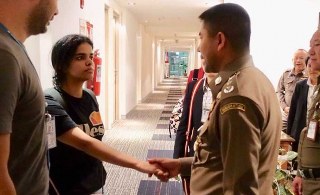 Tayland'da alıkonulan genç kıza BM koruması