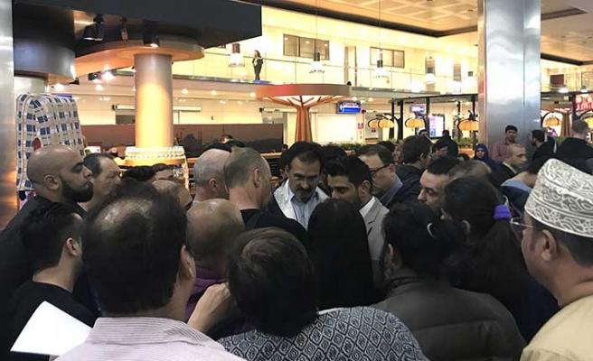 Oman Air uçağı acil iniş yaptı