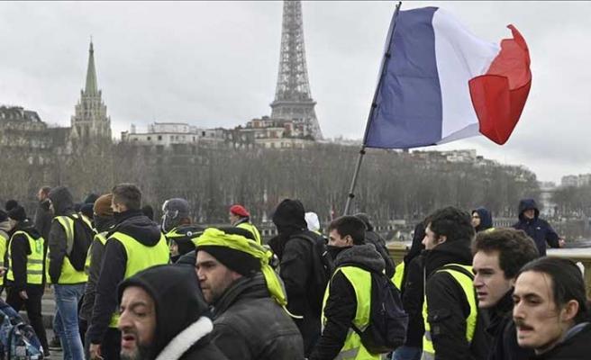 İtalya ile Fransa arasındaki kriz derinleşiyor