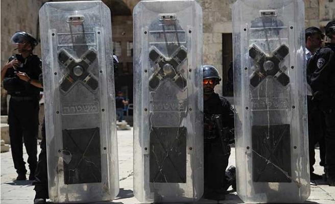 İsrail'den skandal adım! Mescid-i Aksa kapatıldı