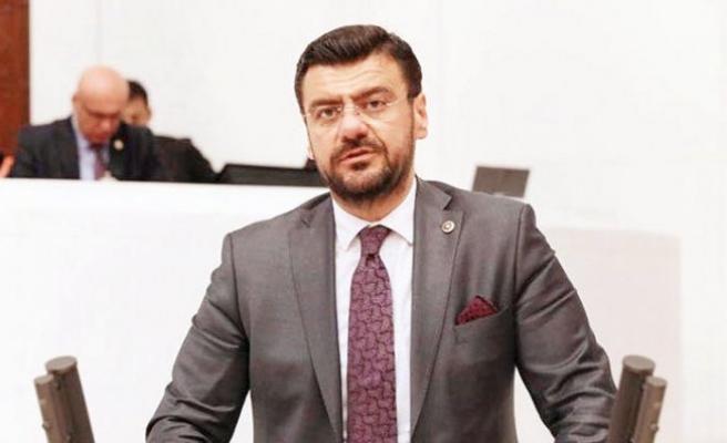 Tamer Akkal AK Parti'ye geçiyor