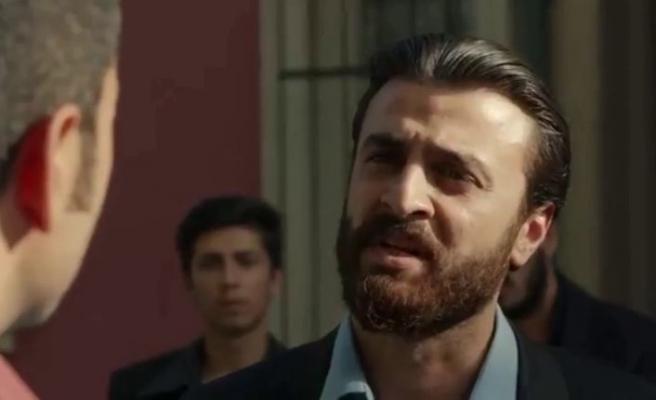 Kuzgun dizisindeki Rıfat'ın gençliğiEmre Kentmenoğlu kimdir?