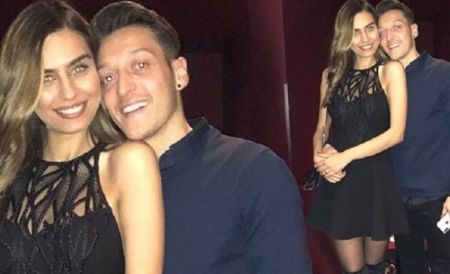 Mesut Özil, Diriliş Ertuğrul setinde
