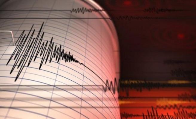 Ege Denizi'nde orta şiddette deprem