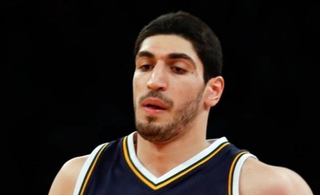 New York Knicks, FETÖ'cü Enes Kanter'i gönderdi