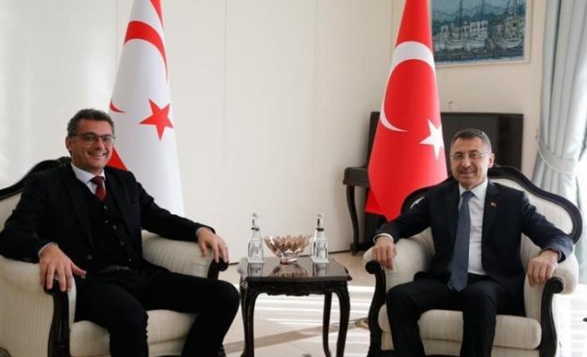 Cumhurbaşkanı Yardımcısı Oktay, KKTC Başbakanı Erhürman ile görüştü