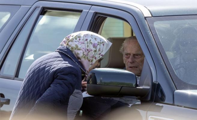 Prens Philip ehliyeti kaptırdı!