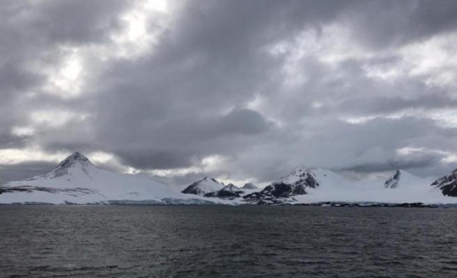 Varank Antarktika'ya Erdoğan'ın selamını iletti
