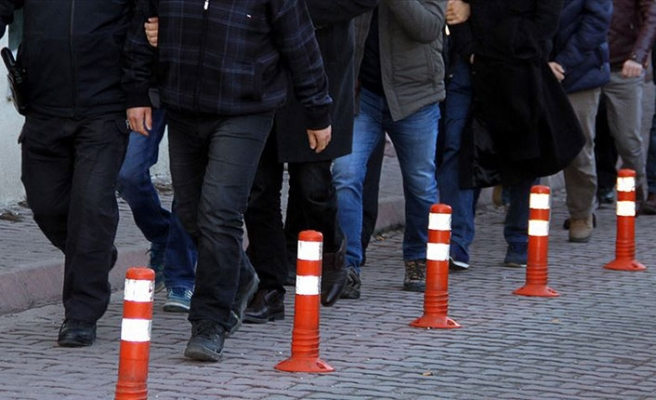 8 ilde FETÖ operasyonu! İhraç edilen 58 polis için gözaltı kararı