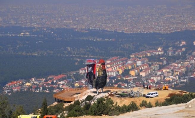 Dünyanın en büyük horoz heykeli yapılıyor