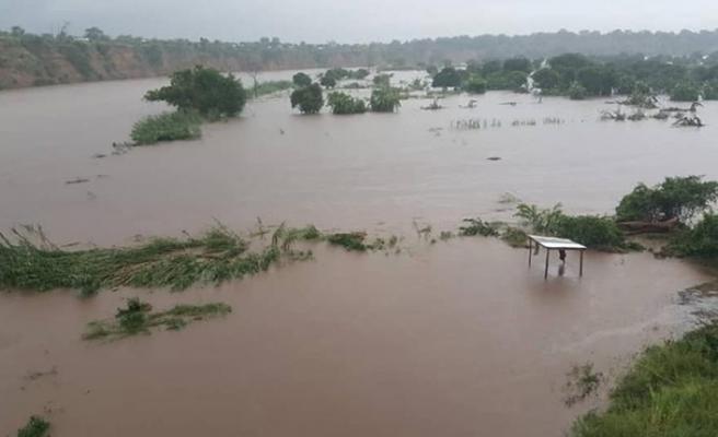 Mozambik'te sel: 10 ölü