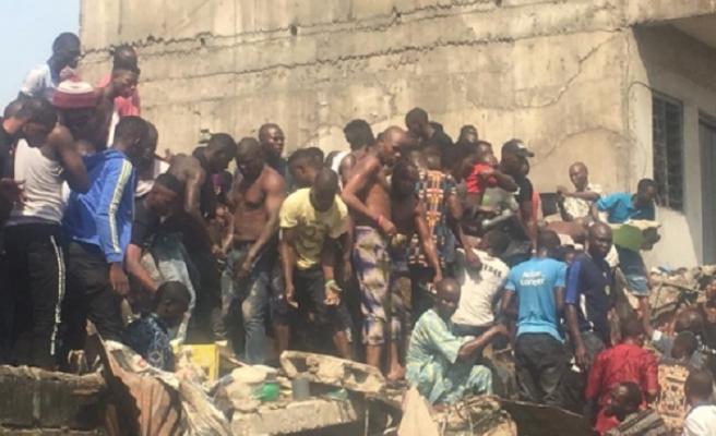 Nijerya'da çöken okul binasından 41 kişi kurtarıldı