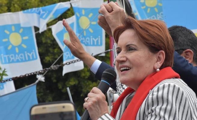 İYİ Parti Genel Başkanı Akşener: Siyaseten sağ kalan tek kadın politikacıyım
