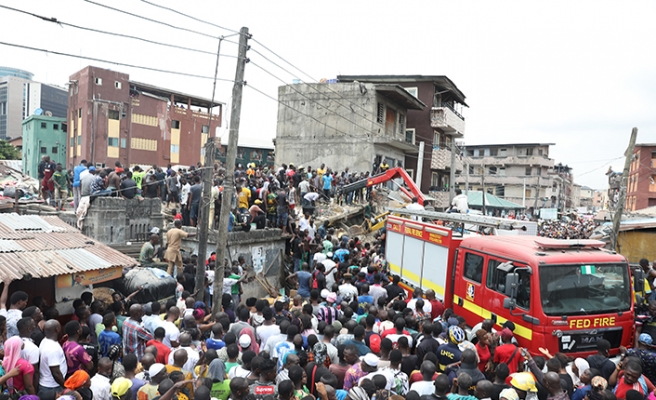 Nijerya şokta! Çok sayıda öğrenci bulunan okul binası çöktü