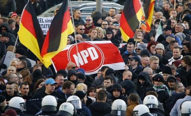 Alman istihbaratı uyardı: Yoğun bir ağ kurduklarını gözlemliyoruz