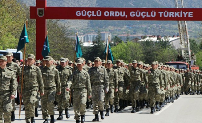 Anayasa Mahkemesi 'askerlikte yaş' konusunda kararını verdi