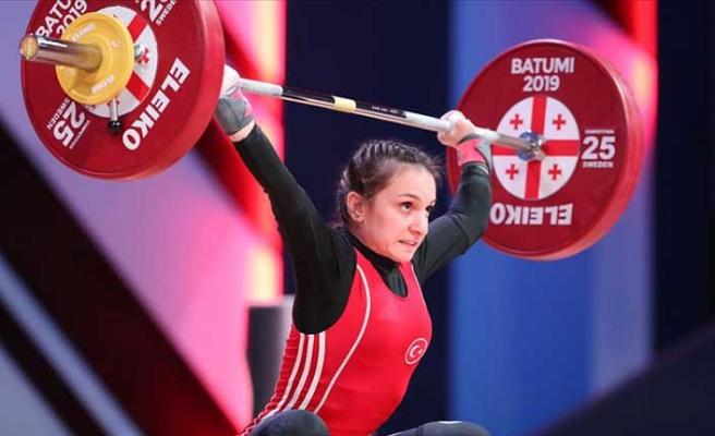 Avrupa Halter Şampiyonası'nda ilk madalya Erdoğan'dan