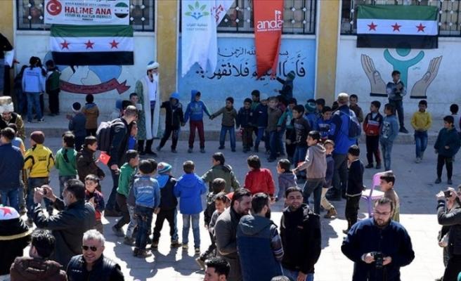 Bab'da çocuklar için 23 Nisan kutlaması
