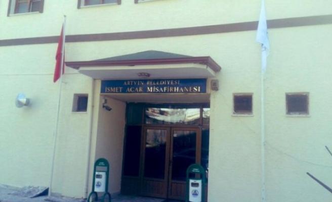 CHP'li Artvin Belediye Başkanı'nın ilk icraatı binayı geri almak oldu