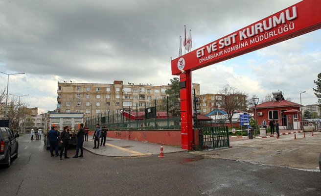 Diyarbakır'da Et ve Süt Kurumuna EYP'li saldırı