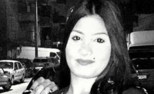 İzmir'de genç kız evinde kanlar içerisinde bulundu