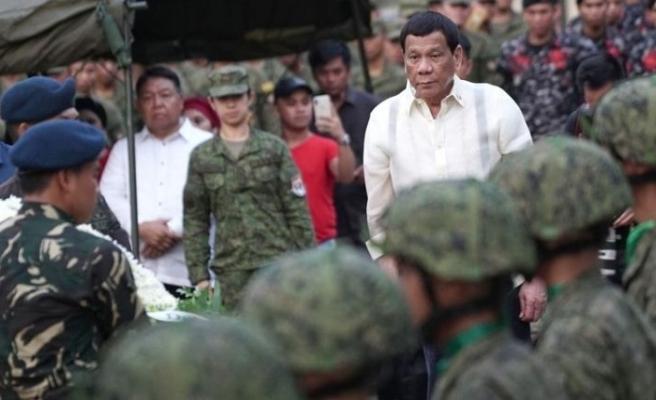 Filipinler'den Kanada'ya savaş tehdidi!