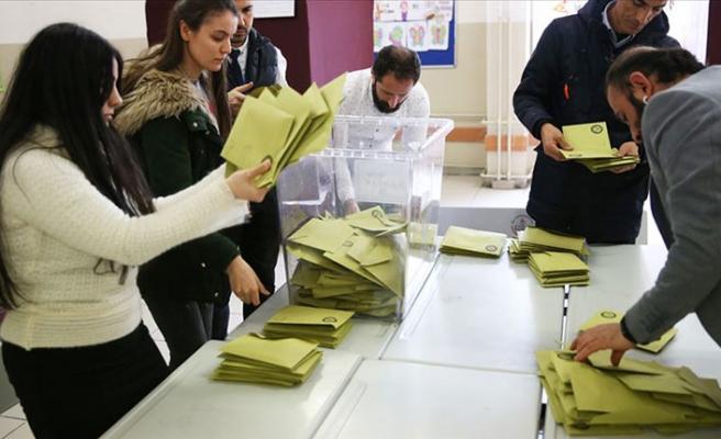 İstanbul'daki iki ilçede geçersiz oylar yeniden sayılacak