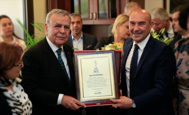 İzmir Büyükşehir Belediye Başkanı Soyer göreve başladı