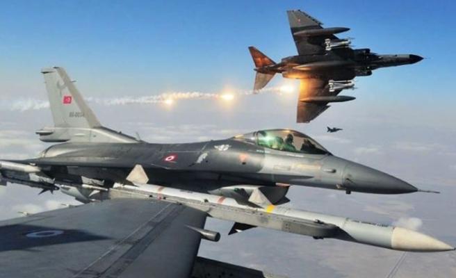 Kuzey Irak'a hava operasyonu: 14 PKK'lı terörist öldürüldü