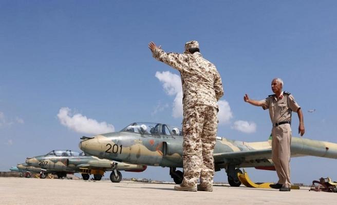 Libya'da çatışmalar kızışıyor! Savaş uçağı düşürüldü