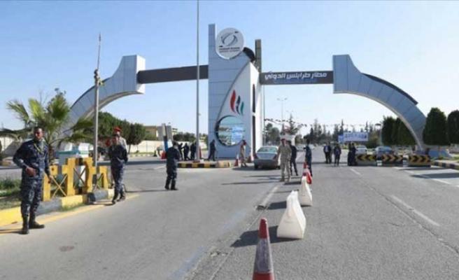 Libya'da sıcak saatler! Uluslararası Havalimanı ele geçirildi