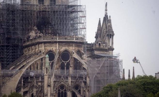 'Notre Dame'ın kuleleri Fatih için 'Kızıl Elma' idi ve hayali sancağını bu kulelere dikmekti'