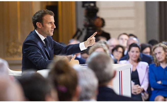 Schengen'i tartışmaya açtı: Yeniden kurulmalı