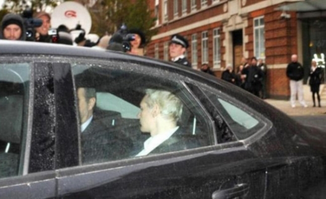 Son dakika! Wikileaks'in kurucusu Assange gözaltında